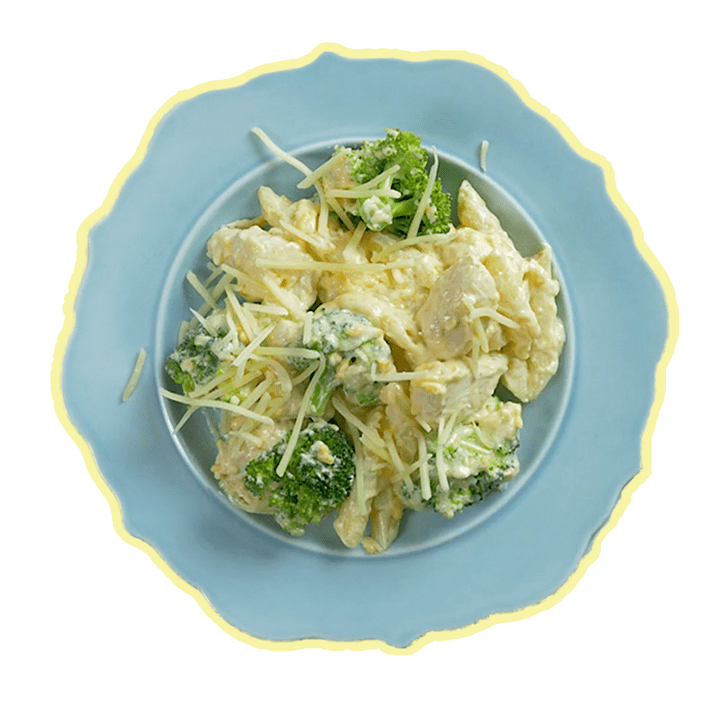 PIMENTO MAC & CHEESE WITH CHICKEN & BROCCOLI
